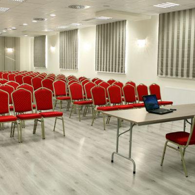 sala konferencyjna 240 mkw